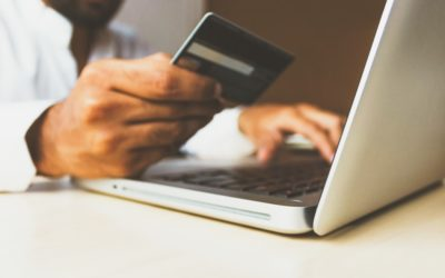 Two credit cardholders, one account: how to manage your transactions